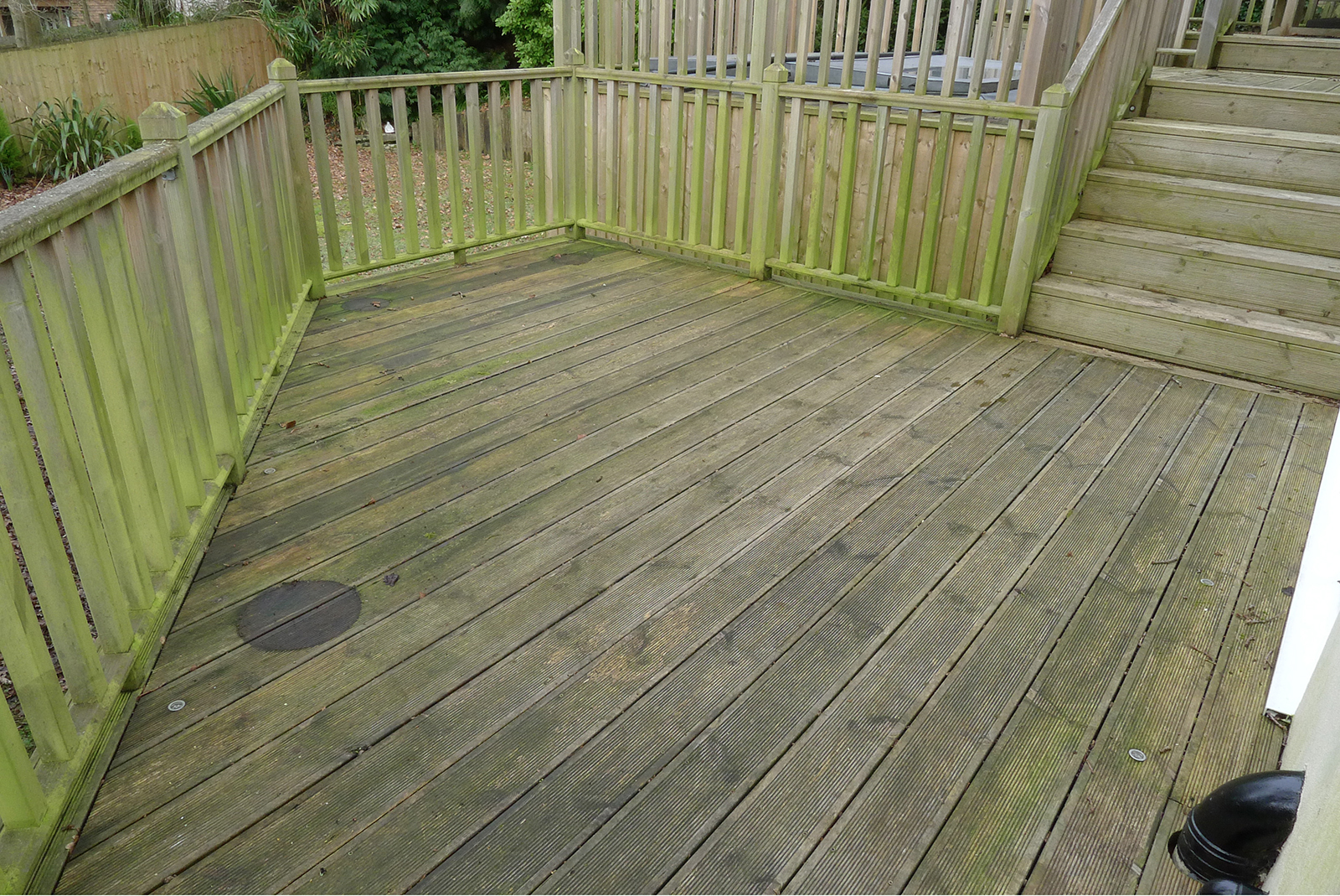 Decking-Dirty